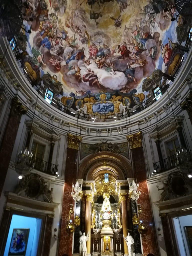 Basílica Virgen de los desamparados Valencia