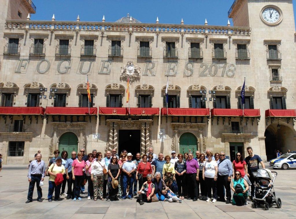Grupo en Plaza ayuntamiento Alicante
