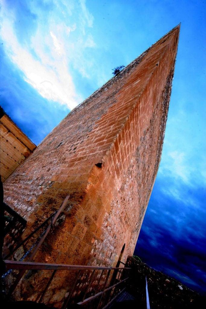 Torre tres picos La Mola Novelda